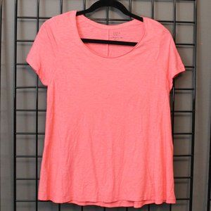 Crown & Ivy Coral T-shirt